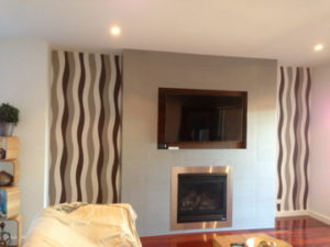 ColourFuse Wallpaper Installation - Curvy lines in wall niches