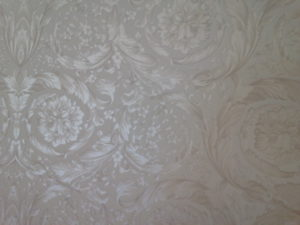 ColourFuse Wallpaper Installation - Silver floral motif
