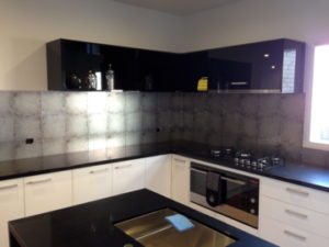 Wallpaper as a kitchen splashback