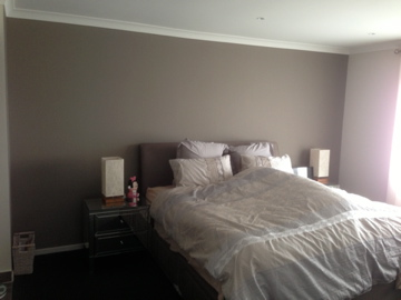 Colourfuse Wallpaper Installation Light Brown In A Bedroom